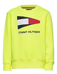 SAILING FLAG GRAPHIC SWEATSHIRT - SAFETY YELLOW 13-0630