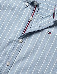 Tommy Hilfiger - DENIM STRIPE SHIRT L - shirts - denim light 01 - 3