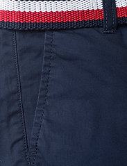 Tommy Hilfiger - ESSENTIAL BELTED CHINO SHORTS - shorts - twilight navy - 2