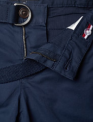 Tommy Hilfiger - ESSENTIAL BELTED CHINO SHORTS - shorts - twilight navy - 3