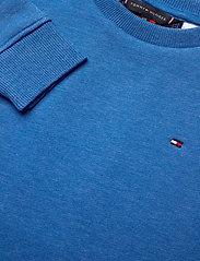 Tommy Hilfiger - BACK INSERT CN SWEATSHIRT - sweatshirts - dynamic blue - 2