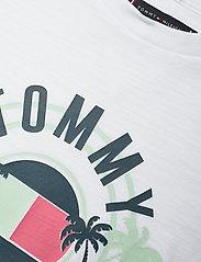 Tommy Hilfiger - UV PRINT PALM LOGO TEE S/S - short-sleeved - white - 2