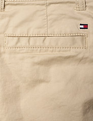 Tommy Hilfiger - ESSENTIAL CHINO SHORT TH FLEX - shorts - misty beige - 4