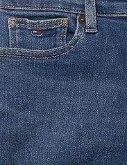 Tommy Hilfiger - SPENCER SHORT - shorts - summermedbluestretch - 2