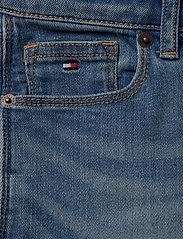 Tommy Hilfiger - NORA BASIC SHORT OCL - shorts - ocean light blue stretch - 2