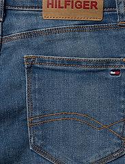 Tommy Hilfiger - NORA BASIC SHORT OCL - shorts - ocean light blue stretch - 4