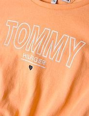 Tommy Hilfiger - JERSEY TEE DRESS S/S - robes - melon orange - 2