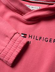 Tommy Hilfiger - ESSENTIAL HOODED SWEATSHIRT - hættetrøjer - glamour pink - 2