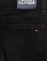 Tommy Hilfiger - NORA SUPER SKINNY WREPLBLS - jeans - waterrepellentblackstr - 4