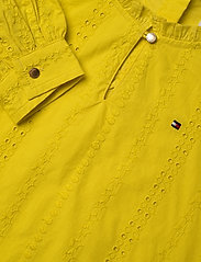 Tommy Hilfiger - EMBROIDERY ANGLAIS D - dresses - valley yellow - 2
