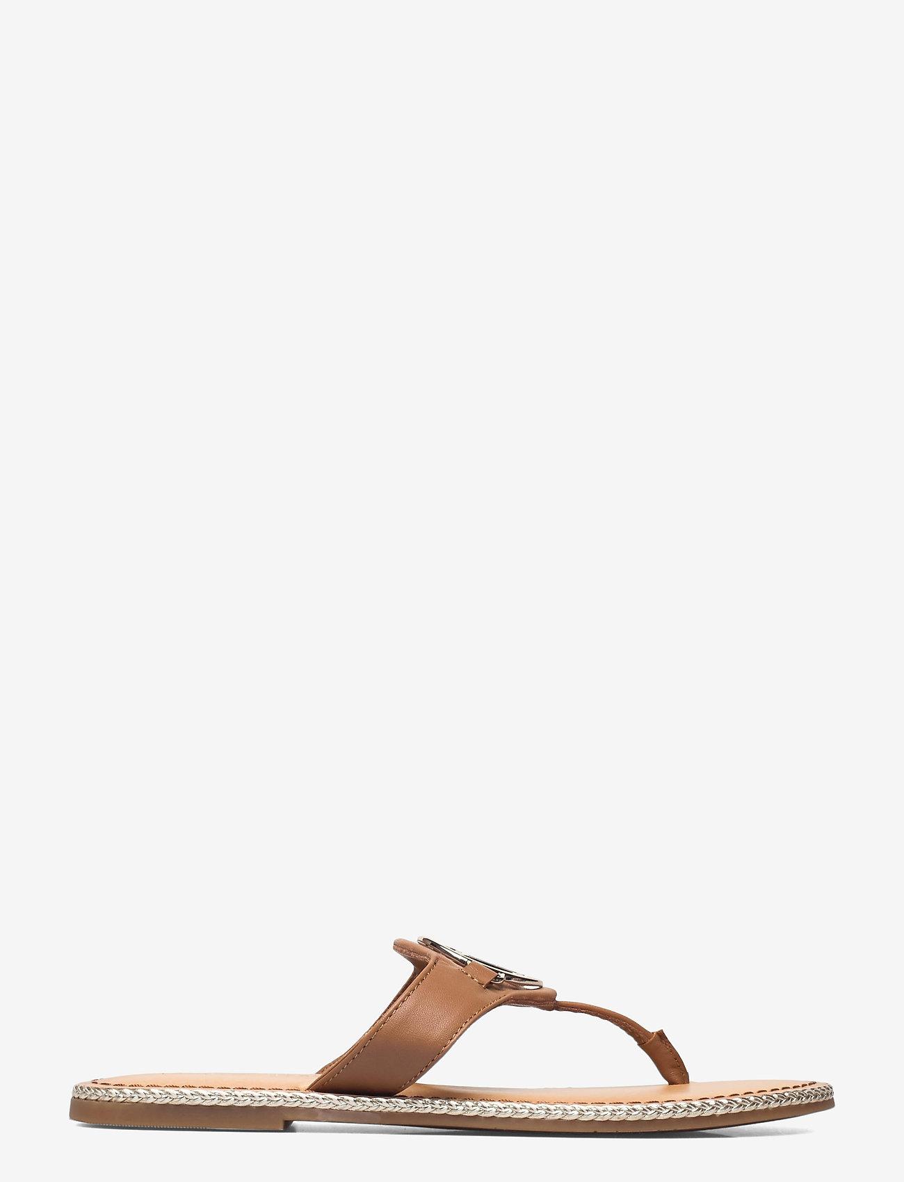 Tommy Hilfiger - ESSENTIAL LEATHER FLAT SANDAL - flat sandals - summer cognac - 1