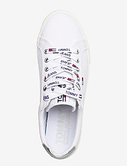 Tommy Hilfiger - TOMMY JEANS CASUAL SNEAKER - low top sneakers - white - 3