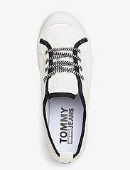 Tommy Hilfiger - COLOR BLOCK LACE UP SHOE - low top sneakers - white - 3