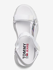 Tommy Hilfiger - IRIDESCENT HYBRID SANDAL - flat sandals - white - 3