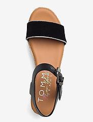 Tommy Hilfiger - ESSENTIAL FLATFORM SANDAL - heeled espadrilles - black - 3