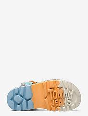Tommy Hilfiger - COLOR POP TOMMY JEANS SANDAL - flat sandals - white - 4