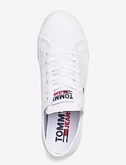 Tommy Hilfiger - TOMMY JEANS FLATFORM VULC - sneakers - white - 3