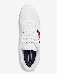 Tommy Hilfiger - CORPORATE MATERIAL MIX RUNNER - low top sneakers - white - 3