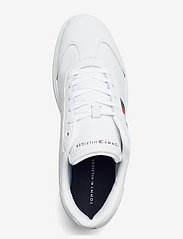 Tommy Hilfiger - CORE CORPORATE LEATHER CUPSOLE - low tops - white - 3