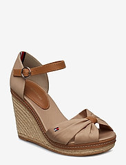Tommy Hilfiger - ICONIC ELENA SANDAL - heeled espadrilles - cobblestone - 0