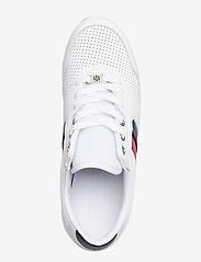 Tommy Hilfiger - LIGHTWEIGHT LEATHER SNEAKER - low top sneakers - rwb - 3