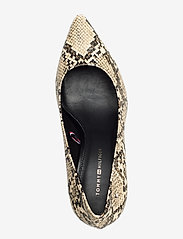 Tommy Hilfiger - SNAKE PRINT PUMP - klassiske pumps - warm sand - 3
