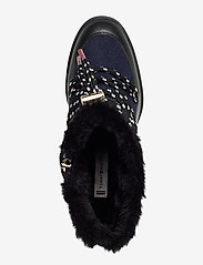 Tommy Hilfiger - MODERN SPORTY WEDGE BOOTIE - ankelstøvletter med hæl - black - 3