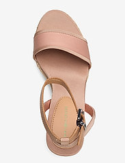 Tommy Hilfiger - SPORTY TEXTILE HIGH WEDGE - espadrilles met sleehak - sandbank - 3