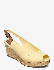 Tommy Hilfiger - ICONIC ELBA SLING BACK WEDGE - wedges - delicate yellow - 0