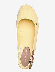Tommy Hilfiger - ICONIC ELBA SLING BACK WEDGE - wedges - delicate yellow - 3