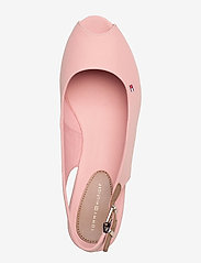 Tommy Hilfiger - ICONIC ELBA SLING BACK WEDGE - wedges - soothing pink - 3