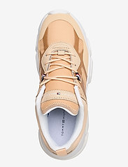 Tommy Hilfiger - TECHNICAL CHUNKY TOMMY SNEAKER - chunky sneakers - light gold - 3