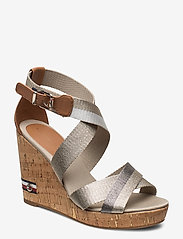 Tommy Hilfiger - CORPORATE TH HIGH WEDGE SANDAL - heeled sandals - stone - 0