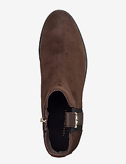 Tommy Hilfiger - TH INTERLOCK SUEDE FLAT BOOT - cocoa - 3