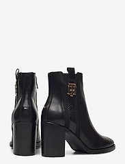 Tommy Hilfiger - TH INTERLOCK HIGH HEEL BOOT - heeled ankle boots - black - 4