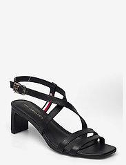 Tommy Hilfiger - TH INTERLOCK SQUARE TOE SANDAL - heeled sandals - black - 0