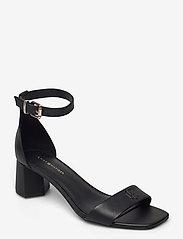 Tommy Hilfiger - ESSENTIAL MID HEEL SANDAL - heeled sandals - black - 0
