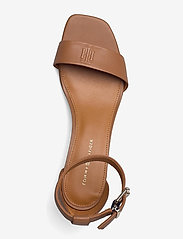 Tommy Hilfiger - ESSENTIAL MID HEEL SANDAL - heeled sandals - summer cognac - 3
