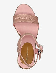 Tommy Hilfiger - TH SIGNATURE HIGH WEDGE SANDAL - espadrilles mit absatz - soothing pink - 3