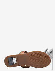 Tommy Hilfiger - ESSENTIAL LEATHER FLAT SANDAL - flat sandals - summer cognac - 4