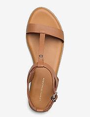 Tommy Hilfiger - FEMININE LEATHER FLAT SANDAL - flat sandals - summer cognac - 3