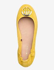 Tommy Hilfiger - ESSENTIAL HARDWARE BALLERINA - ballerinas - tuscan yellow - 3