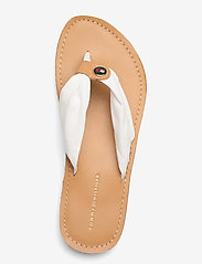 Tommy Hilfiger - LEATHER FOOTBED BEACH SANDAL - flat sandals - ivory - 3