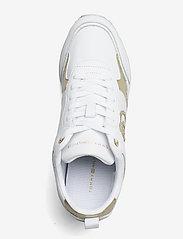 Tommy Hilfiger - METALLIC DRESSY WEDGE SNEAKER - low top sneakers - white - 3