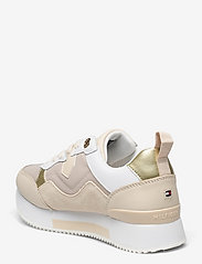 Tommy Hilfiger - MATERIAL MIX ACTIVE CITY SNEAKER - low top sneakers - sugarcane - 2