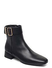 LEATHER SQUARE TOE MID HEEL BOOT - BLACK