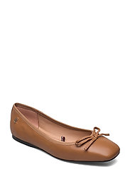 ESSENTIAL SQUARE TOE BALLERINA - SUMMER COGNAC