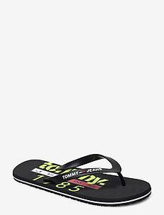 TOMMY JEANS BEACH SANDAL PRINT - flip-flops - black