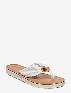 LEATHER FOOTBED BEACH SANDAL - flip-flops - white