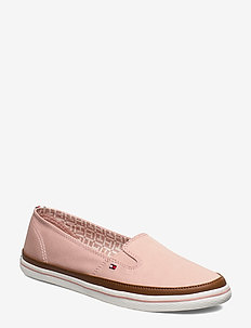 ICONIC KESHA SLIP ON - DUSTY ROSE
